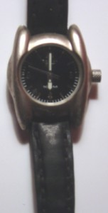 black-reebok-leather-watch